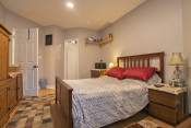 Two Bedroom Condo in Glendale